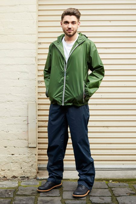 CUMULUS-OVERPANT-8597-NAVY-&-GO-STOW-JACKET-8531-LEAF-GREEN