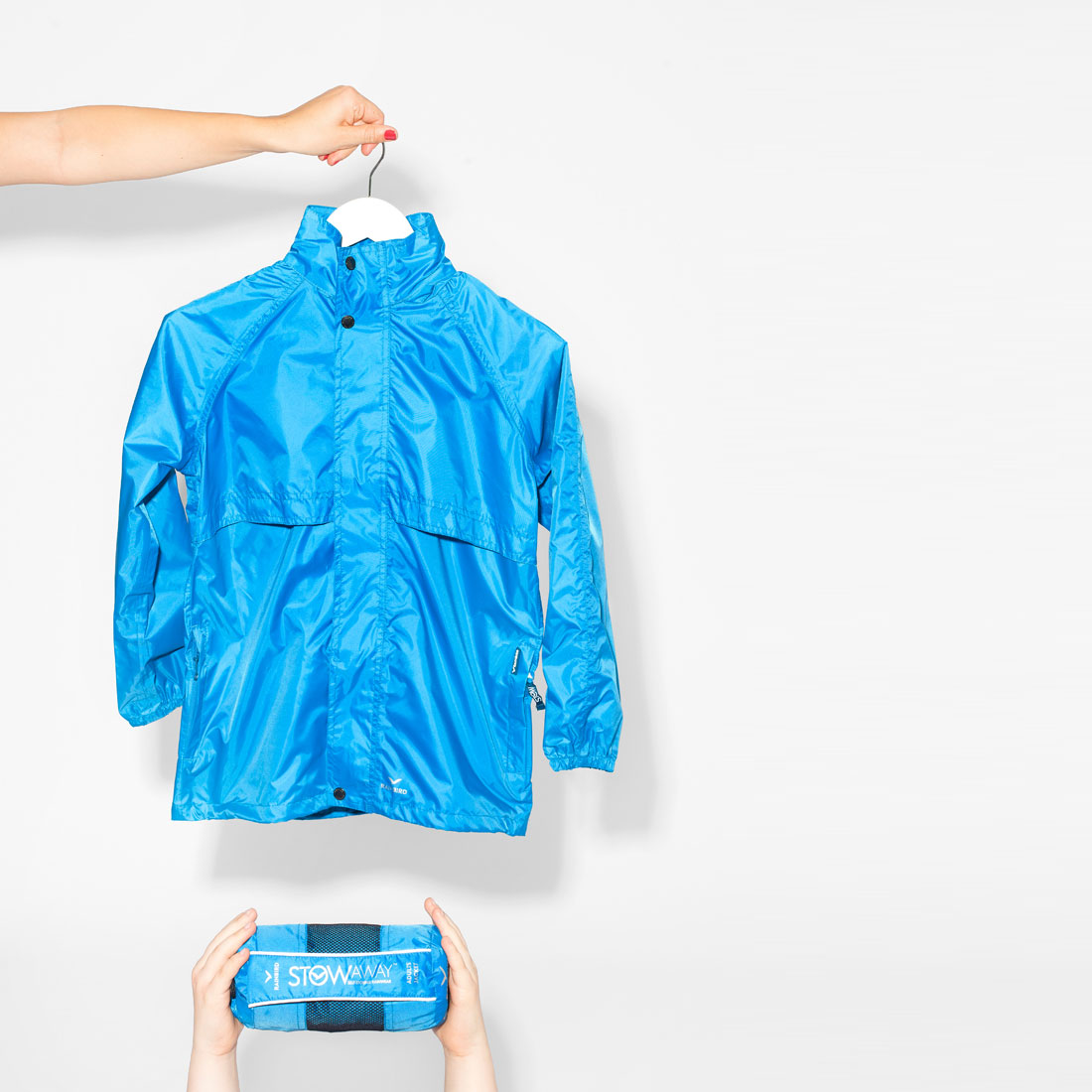 Blue packable rainjacket