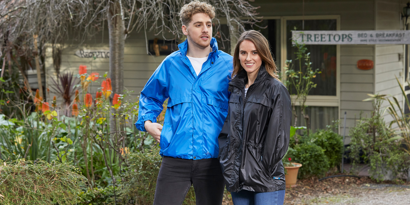 Rainbird-Stowaway-packable-raincoat